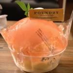 『FOUNDRY』京王新宿店の「まるごと桃のデザート」いただきました